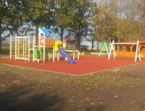 Livberze Põhikooli lastemänguväljak (2016)