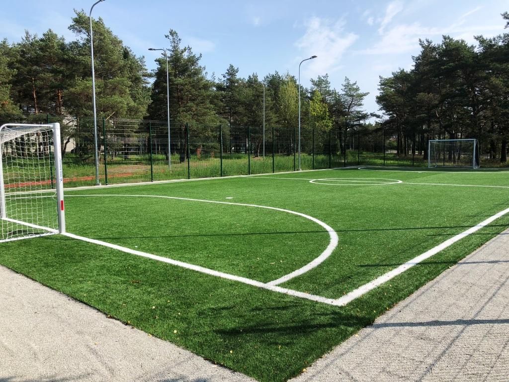 Pääsküla Gümnaasiumi jalgpalliväljak (2018)