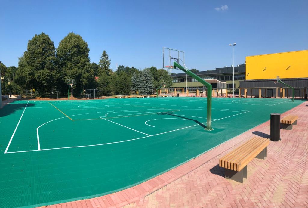 Tartu Raatuse kooli pallimänguväljakud (2018)